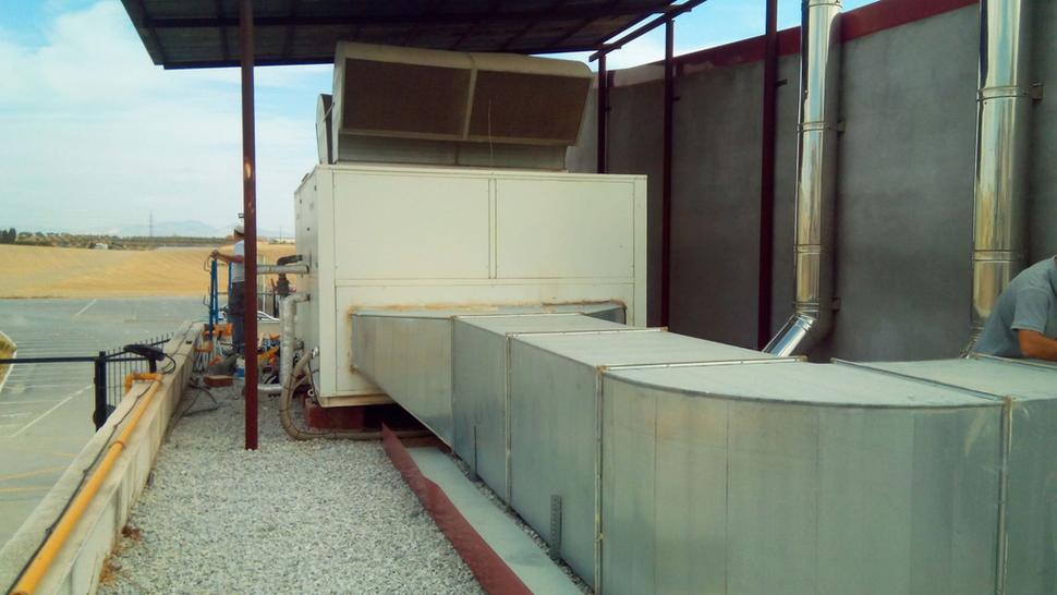 Ahora granada la piscina y el gimnasio de las gabias for Piscina municipal de granada