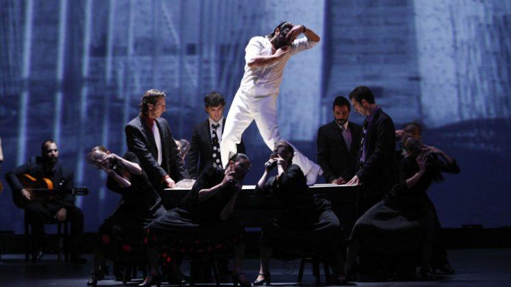 La entrega del artista sobre el escenario es palpable de principio a fin. Foto: Álex Cámara