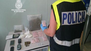 Dos detenidos y desmantelada una trama dedicada al tráfico de cocaína y drogas de diseño