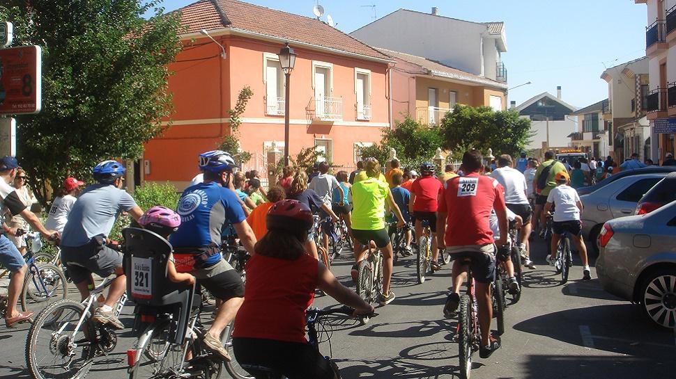 Cúllar Vega celebra un 'día sin coches'