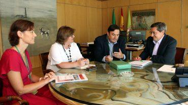 El presidente de Diputación se reúne con el de la Cámara de Comercio de Motril
