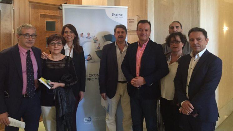 Más de un centenar de profesionales sanitarios se reúnen en Granada en la I Jornada de Atención al Paciente Crónico Pluripatológico