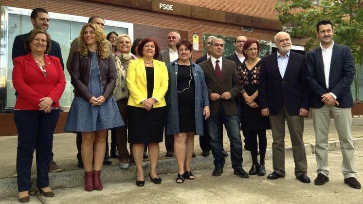 Los candidatos han comparecido ante los medios en un desayuno informativo en la sede del PSOE. Foto: J. Morales.