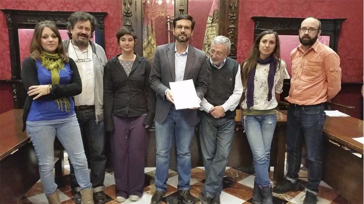 Francisco Cuenca ha comparecido ante los medios en el salón de comisiones del Ayuntamiento. Foto: aG.