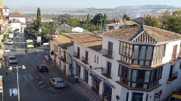 La Zubia se declara 'Municipio Libre de Desahucios'