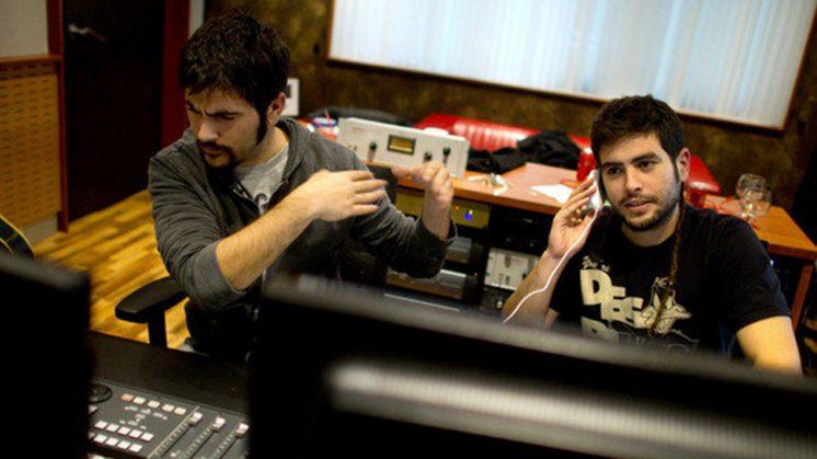 Estopa en su estudio de grabación. Foto: Web oficial de Estopa