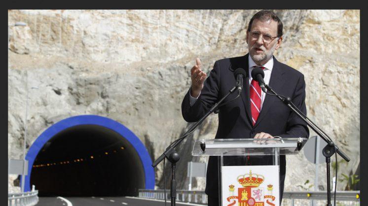 7 DE OCTUBRE. El presidente del Gobierno, Mariano Rajoy, inaugura este miércoles el último tramo pendiente de la Autovía del Mediterráneo (A-7), el de Carchuna-Castell de Ferro, en la provincia de Granada, con cuya puesta en servicio la costa de Almería y la de Málaga quedarán unidas por el litoral granadino.