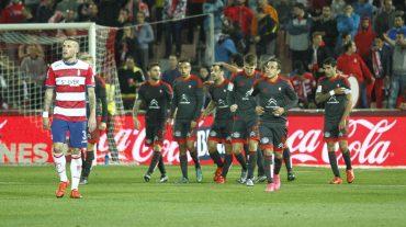 La falta de chispa y la efectividad celeste lastran al Granada CF