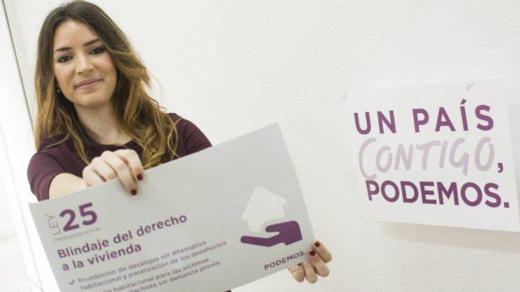 La diputada por Granada, Ana Terrón, ha presentado esta Ley que blinda, entre otras cosas, el derecho a la vivienda. Foto: aG