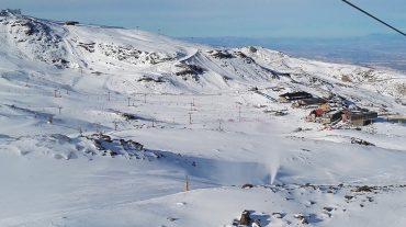 Sierra Nevada alcanza su máxima superficie esquiable en el Día Mundial de la Nieve