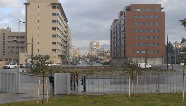 Las asociaciones de comerciantes de la zona han pedido al Consejo Consultivo sensibilidad con el barrio. Foto: Javier Algarra