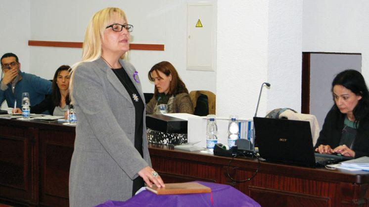 La concejal de Vivienda de La Zubia, Cristina Molina Martín, durante su toma de posesión. Foto: aG