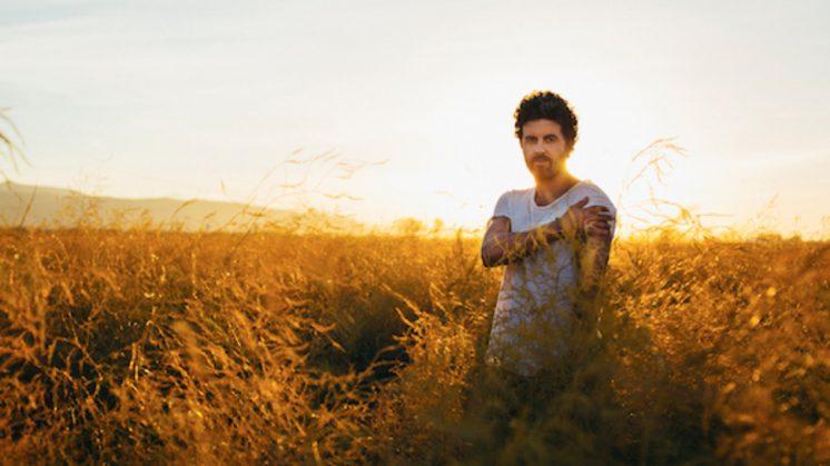 'Uno', formado por 14 canciones, ha sido grabado en Granada. Foto: aG