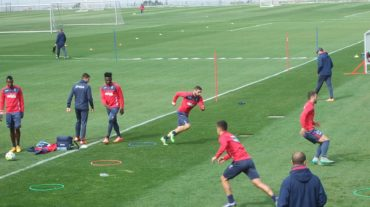 Cinco bajas por molestias físicas en el entrenamiento del Granada CF