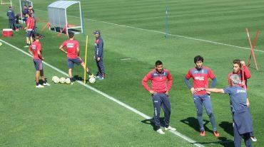 Doucouré, Miguel Lopes y los internacionales, de nuevo ausentes en el entrenamiento