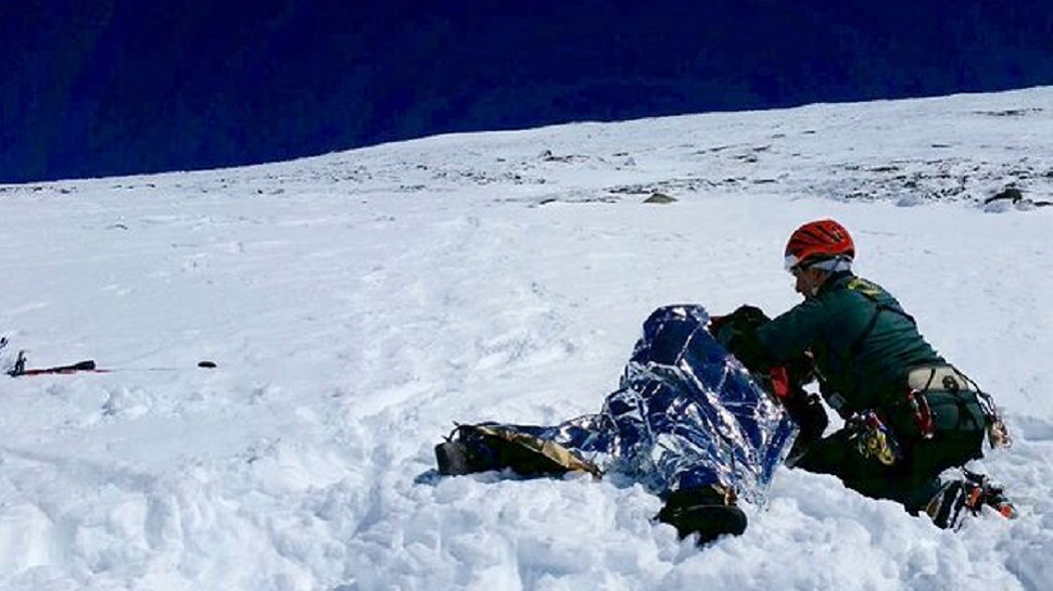 Rescatado un montañero herido al caer en la zona de La Caldera, en Monachil