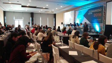 Farmacéuticos andaluces se reúnen en Granada para debatir sobre integración, investigación e innovación