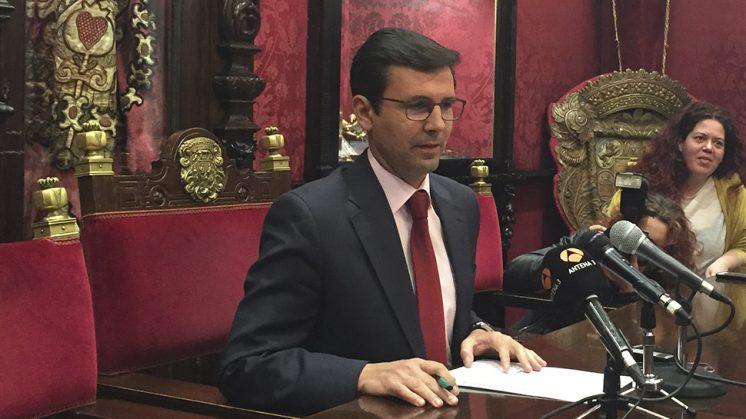 El portavoz municipal socialista, Francisco Cuenca, apela al diálogo entre las formaciones. Foto: aG
