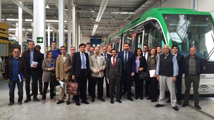 Las empresas interesadas en el contrato para explotar el Metro de Granada visitan sus instalaciones