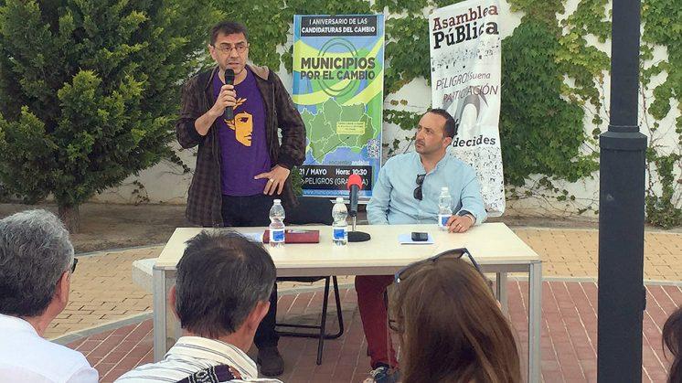 Monedero intervino ante los integrantes de ayuntamientos por el cambio. Foto: aG