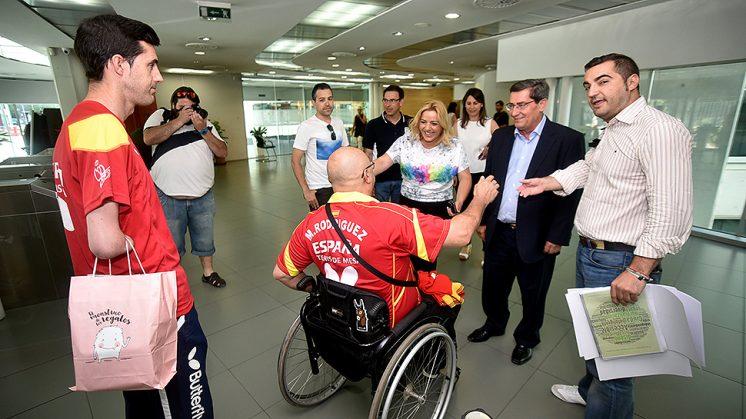 Entrena ha recibido a los deportistas en la sede de Diputación. Foto: Julio Grosso