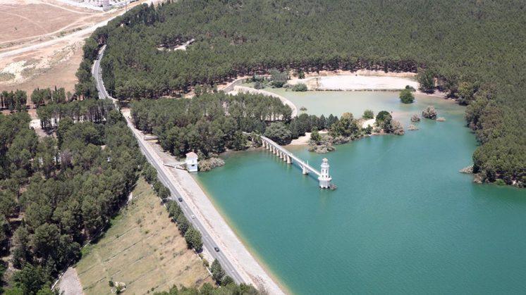 La superficie gestionada por el organismo de cuenca en el embalse de Cubillas es de unas 217,8 hectáreas. Foto: @CHGuadalquivir
