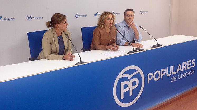El PP en Atarfe dice no querer ser cómplice de las políticas de Podemos. Foto: PP