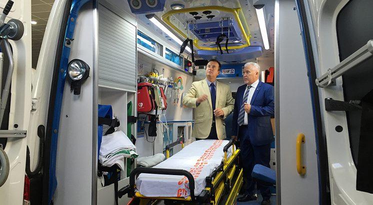 Higinio Almagro ha visitado las instalaciones. Foto: Luis F. Ruiz