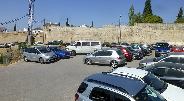 Imagen del espacio que actualmente es utilizado como aparcamiento. Foto: aG