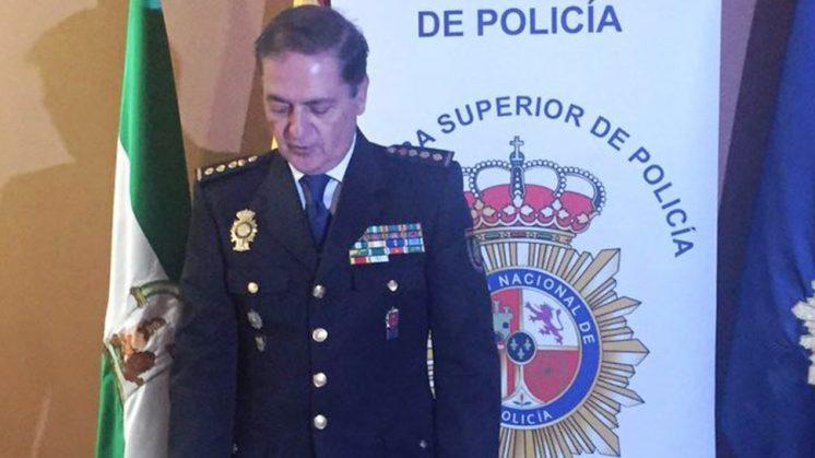 José Antonio Togores Guisasola sustituye a Fernando Marín Ibarra al frente de la comisaría local  granadina del CNP. Foto: Policía Nacional