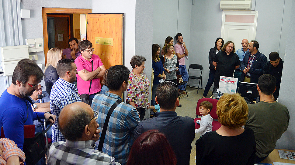 Ahora granada peligros abre su primera oficina de for Oficina del ciudadano