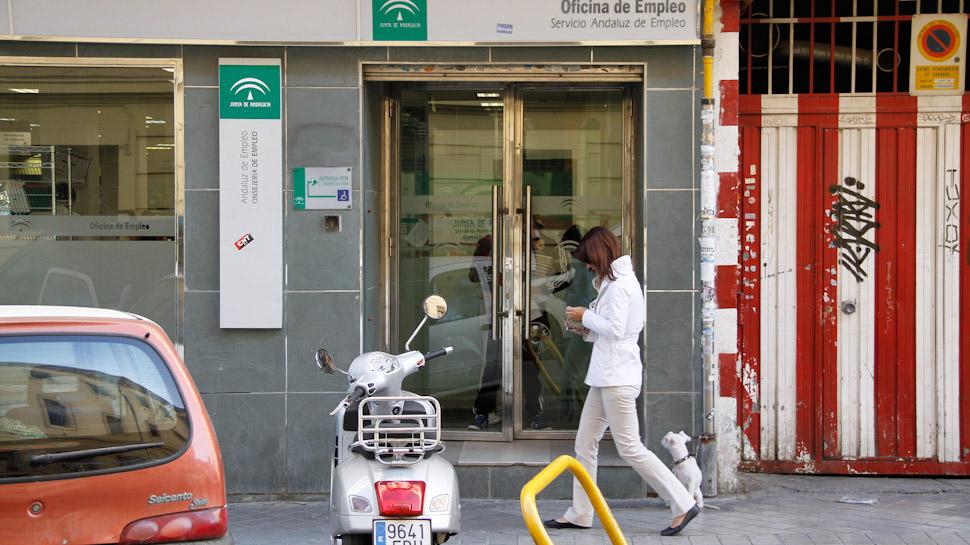 Ahora granada la semana santa no tira del empleo en granada ahora granada - Oficina empleo granada ...